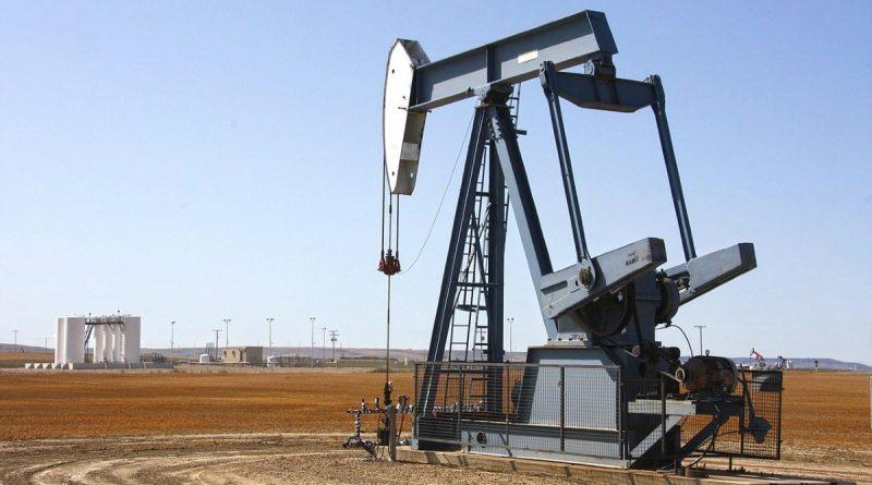El petróleo sube un 4,7%, hasta máximos desde enero de 2020, a la espera de la decisión de la OPEP+