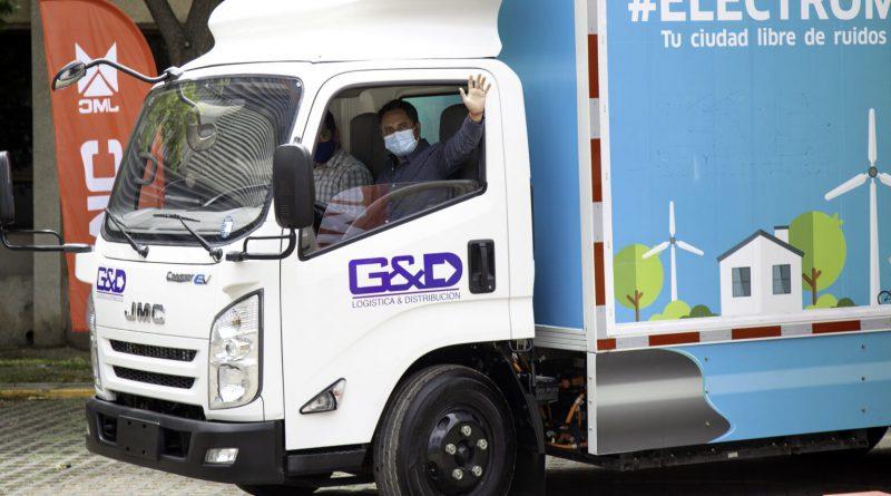 Transporte logístico en Chile incorpora camiones eléctricos
