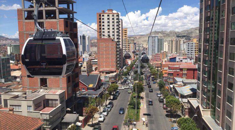 La informalidad campea en La Paz y maneja mitad de la economía