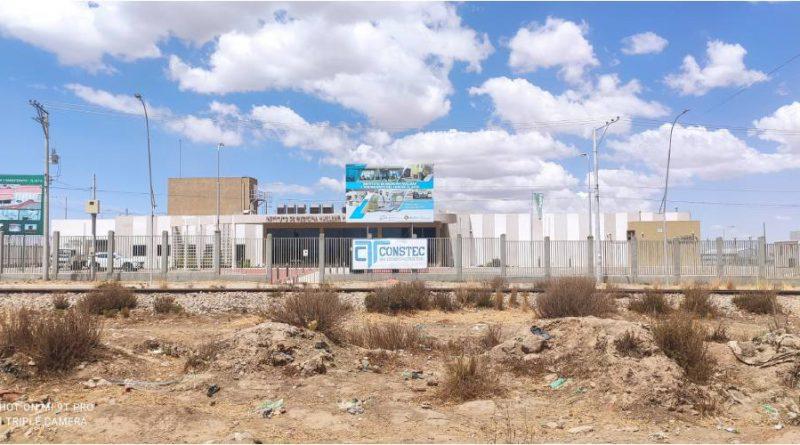 El gobierno construye la planta nuclear en una zona sin agua potable y polvorienta